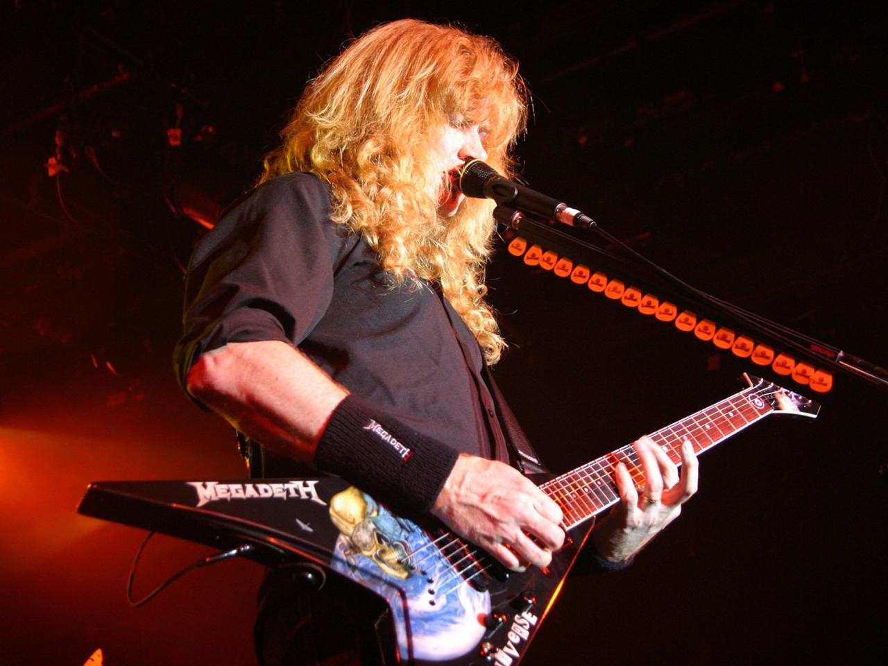 El guitarrista de Megadeth - 1280x960
