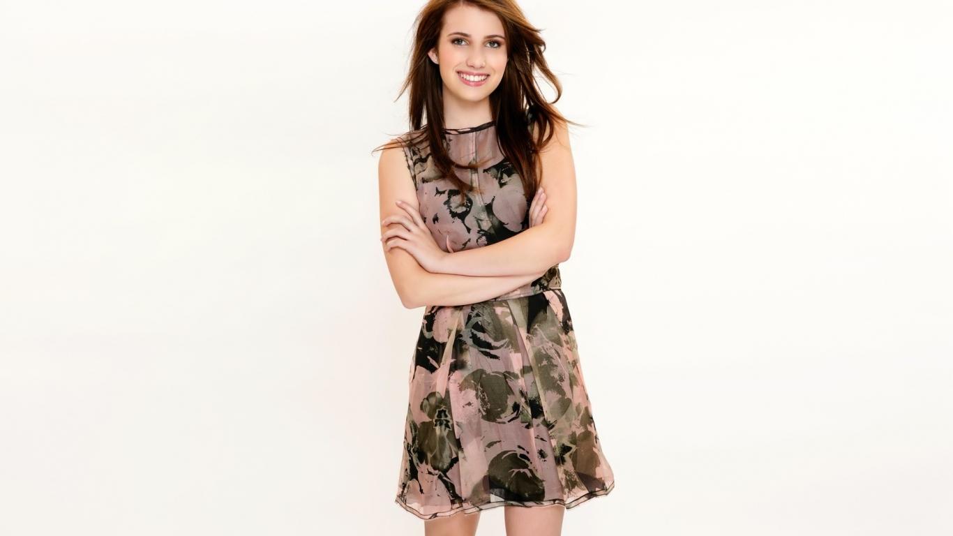 Emma Roberts 2013 - 1366x768