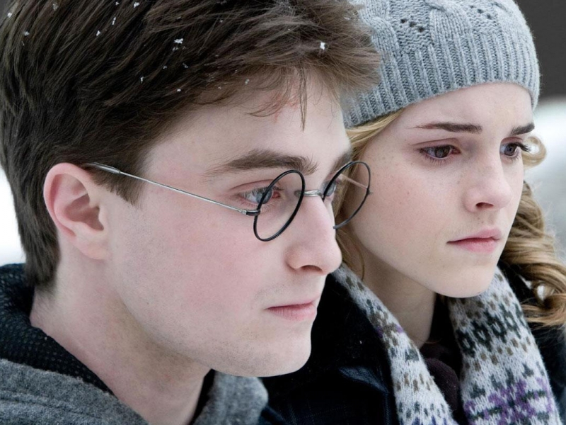 Emma Watson y Daniel Radcliffe - 800x600