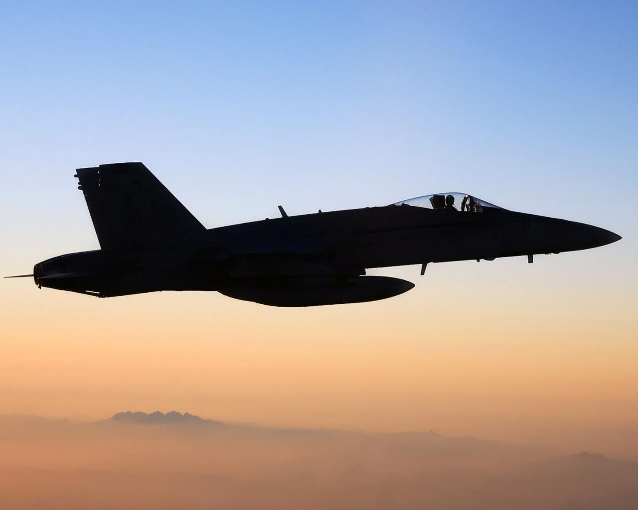 FA-18 Hornet - 1280x1024