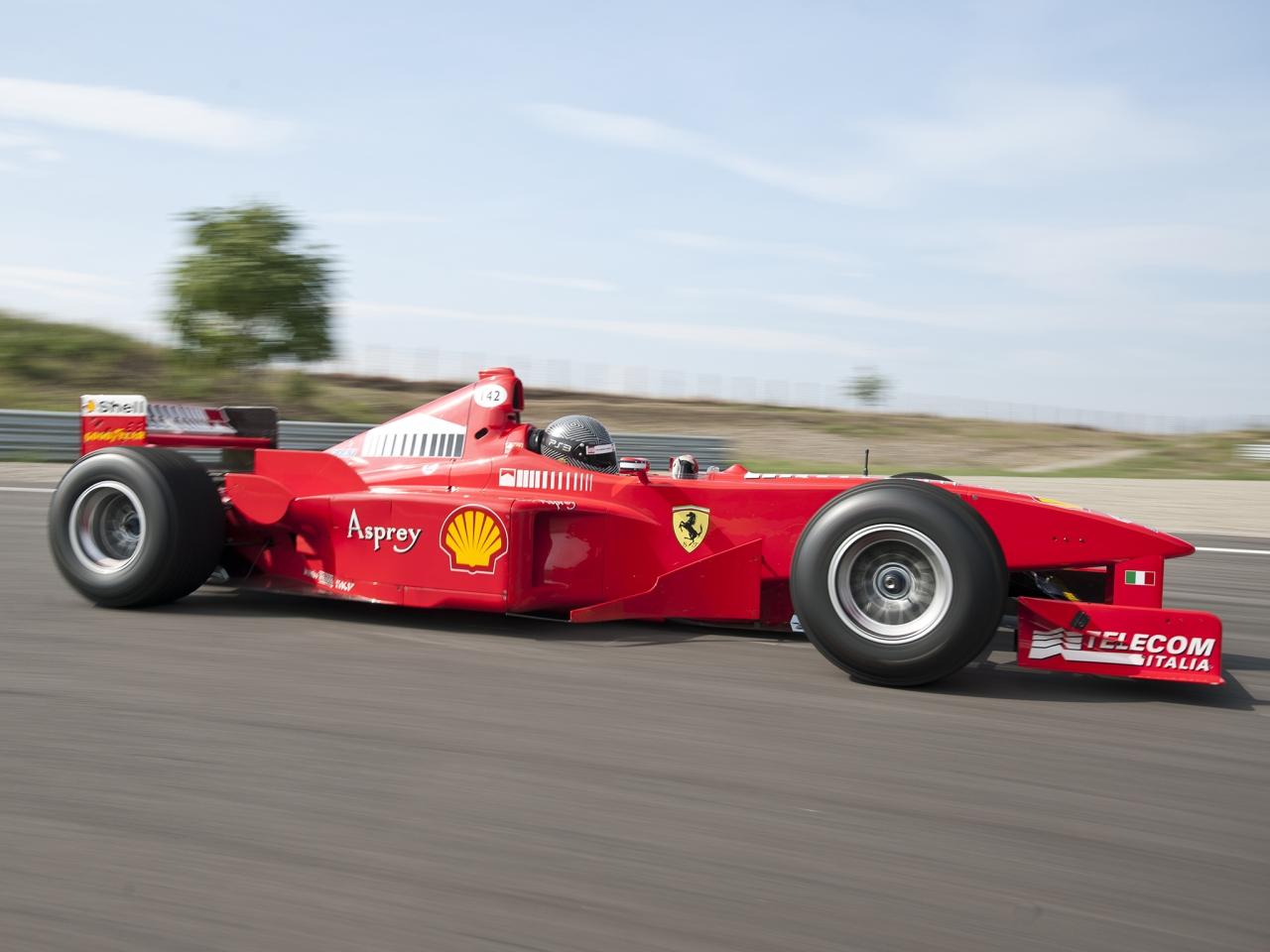 Ferrari F300 Formula 1 - 1280x960