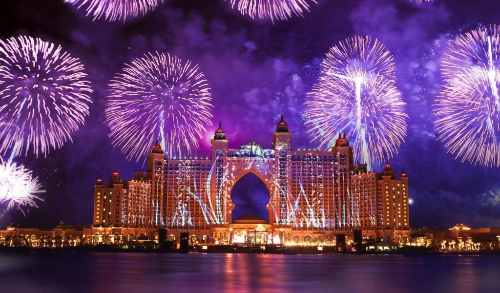 Fuegos Artificiales en Dubai - 1024x600