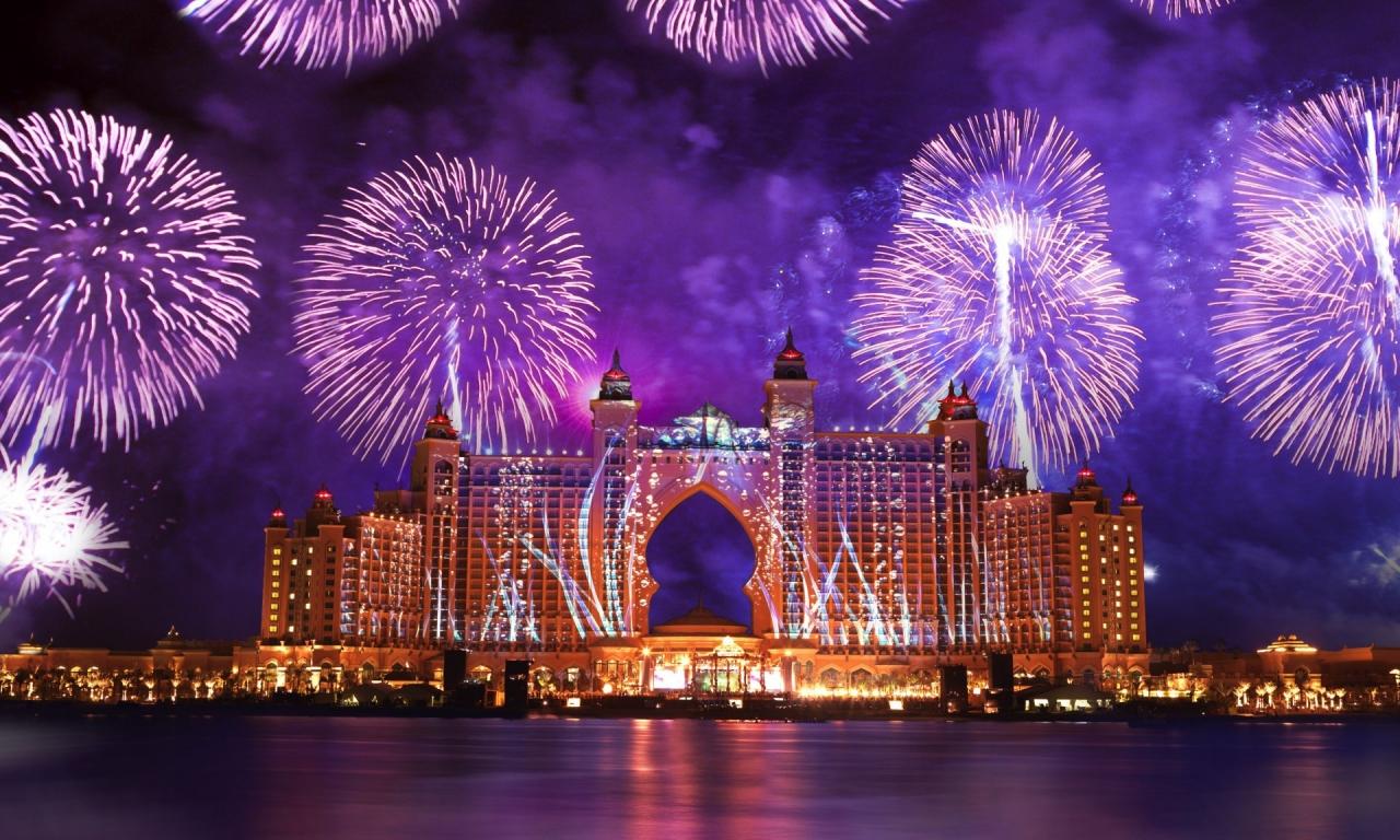 Fuegos Artificiales en Dubai - 1280x768