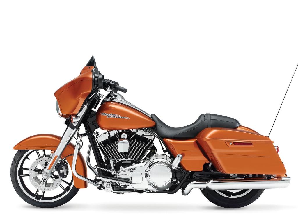 Harley Davidson FLHXS - 1024x768