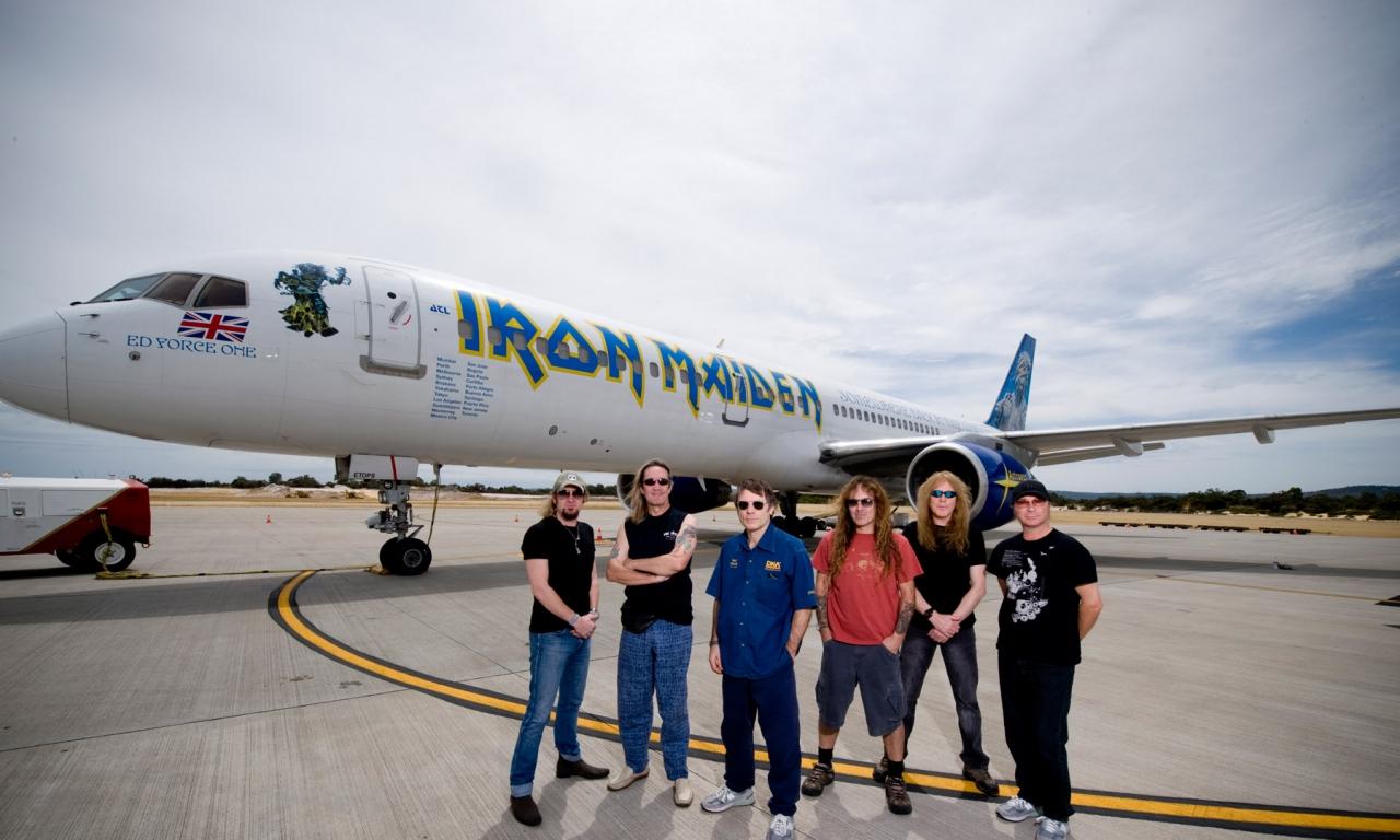 Iron Maiden y su avión privado - 1280x768
