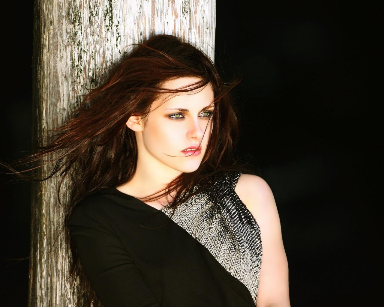Kristen Stewart 2013 - 1280x1024