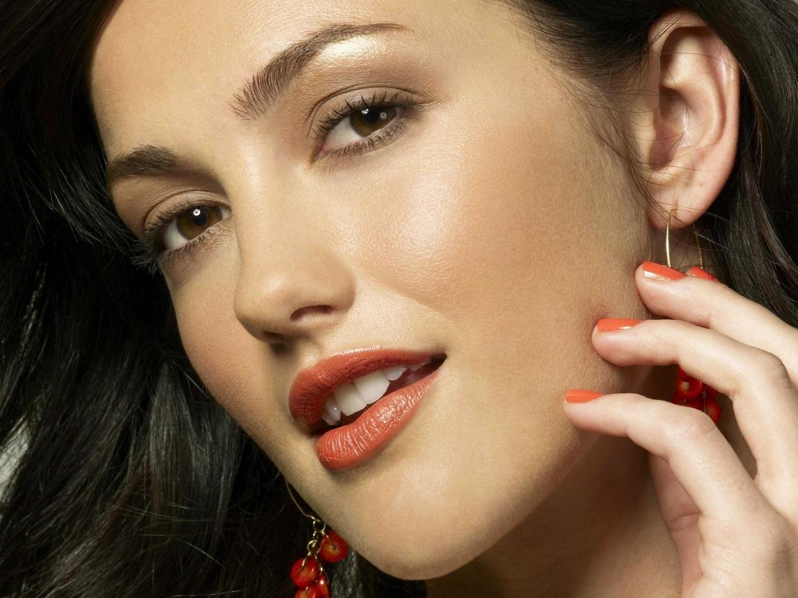 La hermosa Minka Kelly - 1152x864