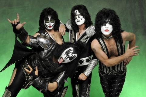 Las caras pintadas de Kiss - 480x320