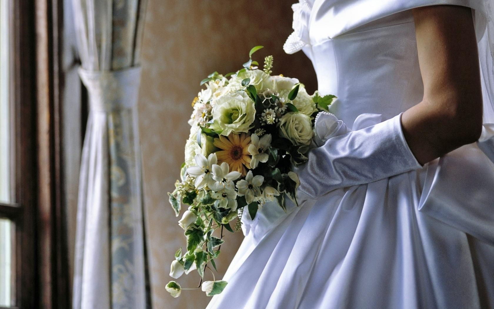 Las flores de una novia - 1680x1050