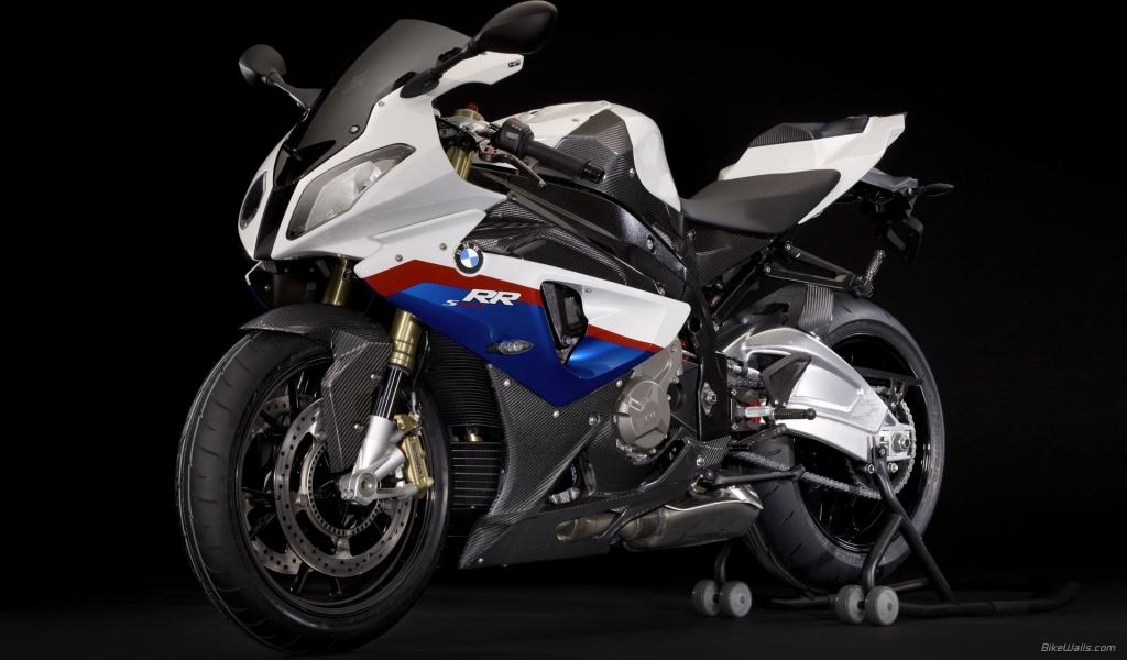 Moto BMW - 1024x600