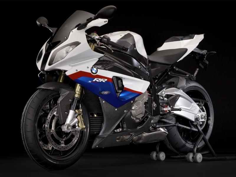 Moto BMW - 800x600