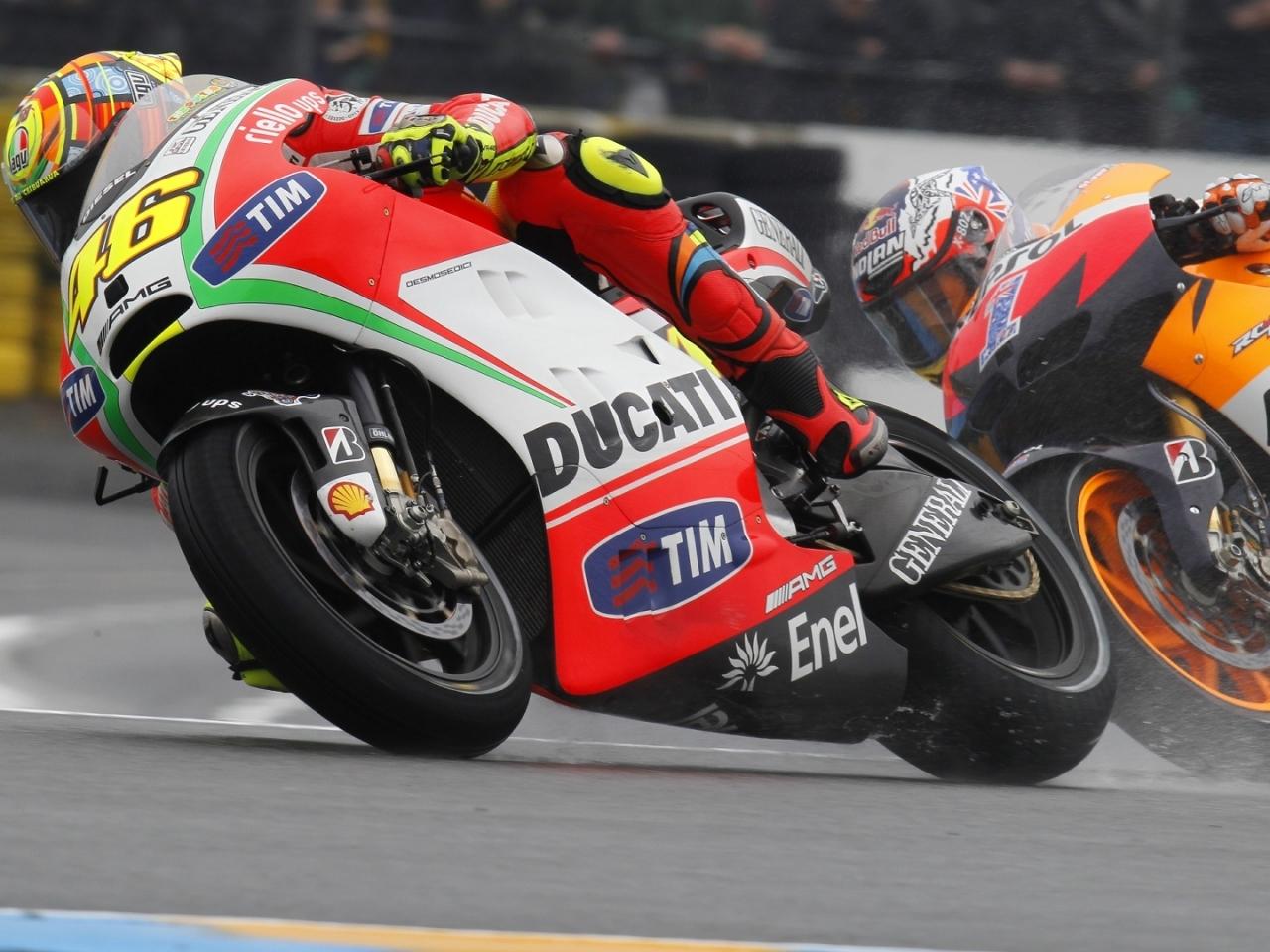 Moto Ducati VS Honda - 1280x960