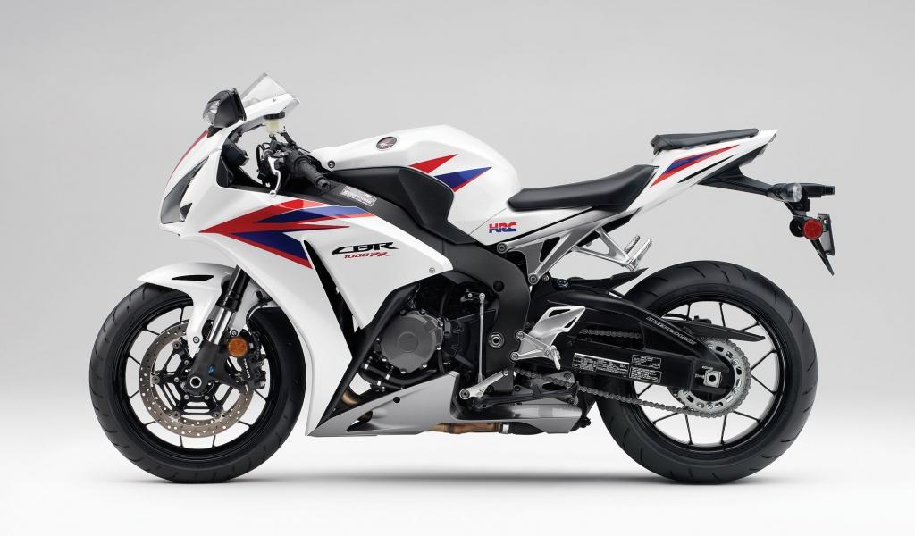 Moto Honda CBR1000RR - 1024x600