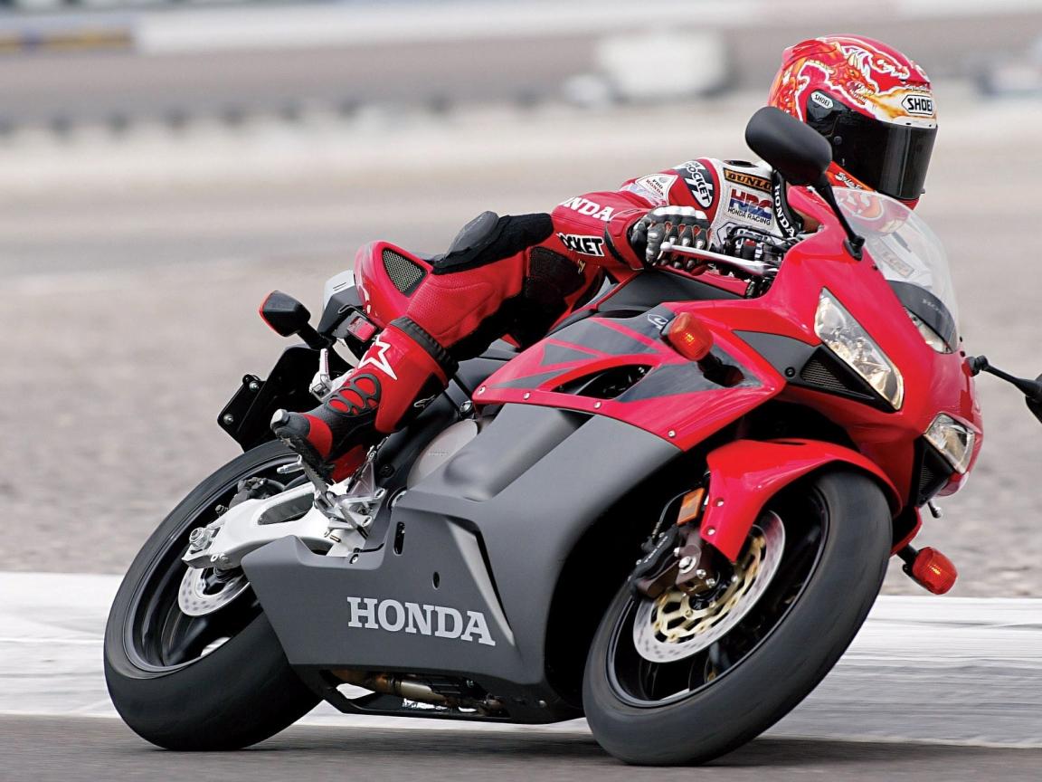 Moto Honda CBR - 1152x864
