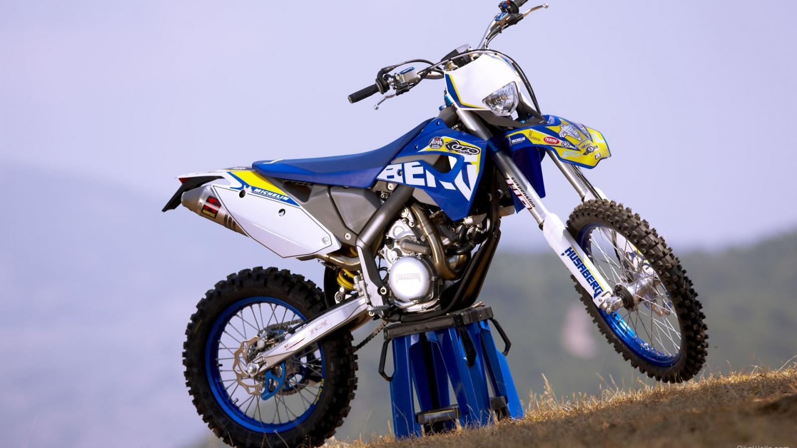 Motocross Azul - 1600x900