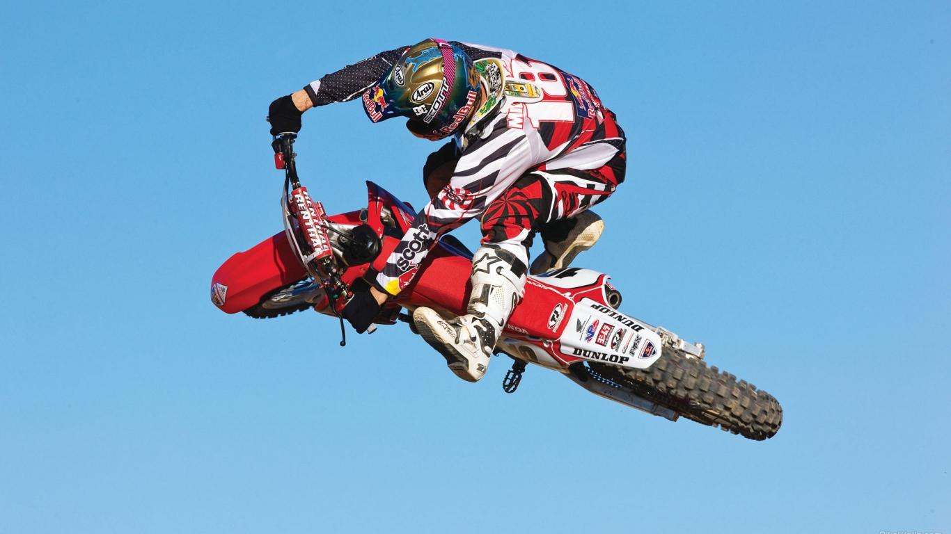 Motocross Honda Red Bull - 1366x768