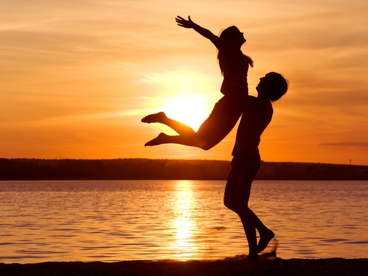 Pareja de enamorados - 1280x960