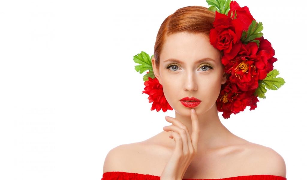 Peinado con rosas rojas - 1024x600