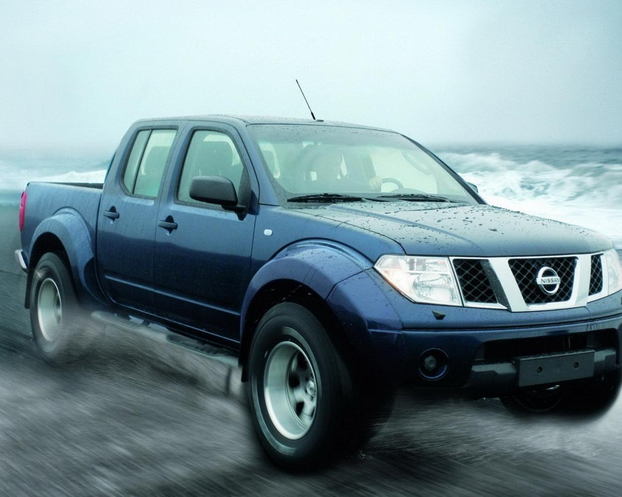 Pickup Nissan azul - 1280x1024