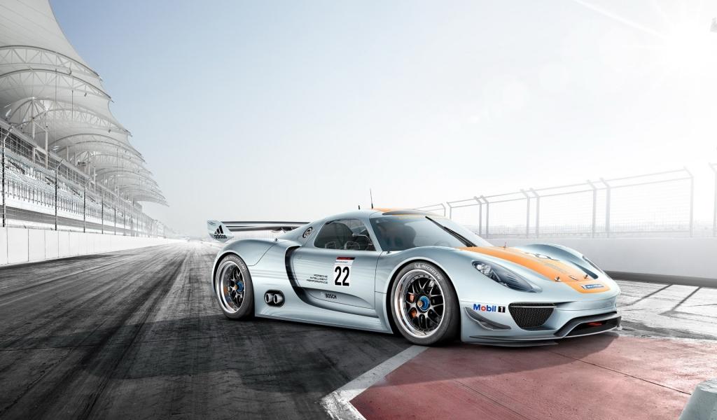 Porsche 918 - 1024x600