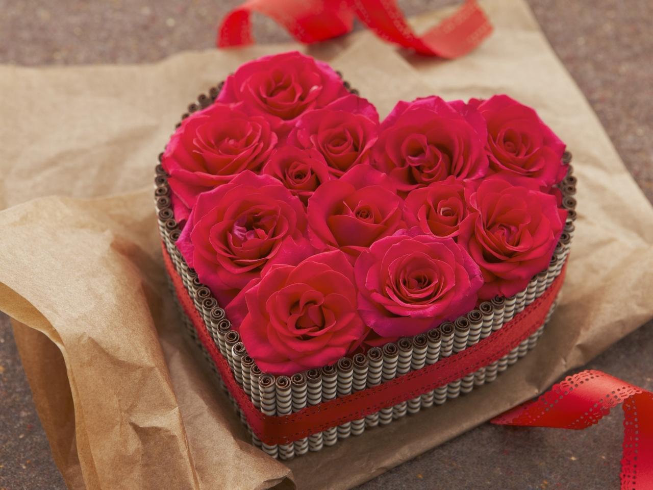 Regalo de rosas y corazones - 1280x960