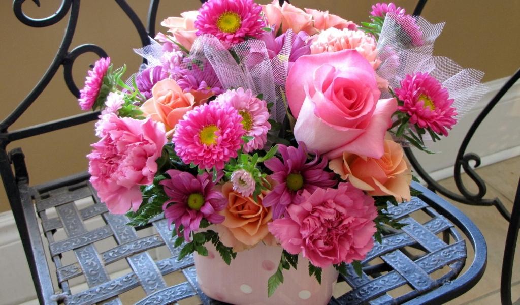 Rosas y flores hermosas - 1024x600