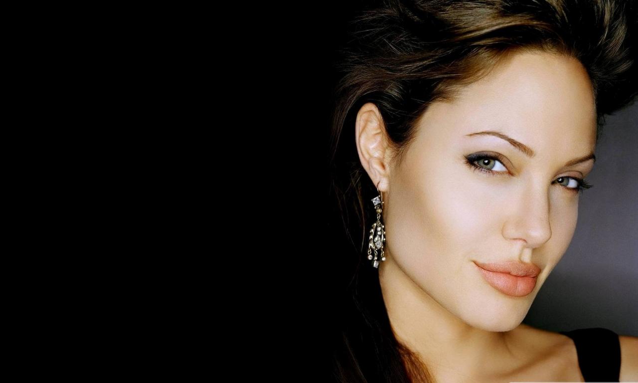 Rostro de Angelina Jolie - 1280x768