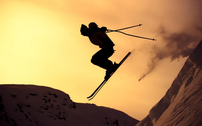 Salto en esquí - 1440x900