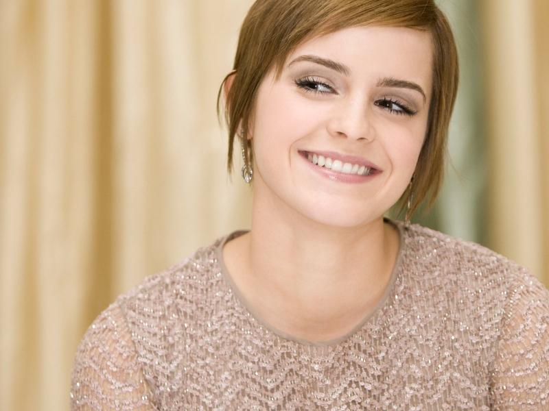 Sonrisa de Emma Watson - 800x600