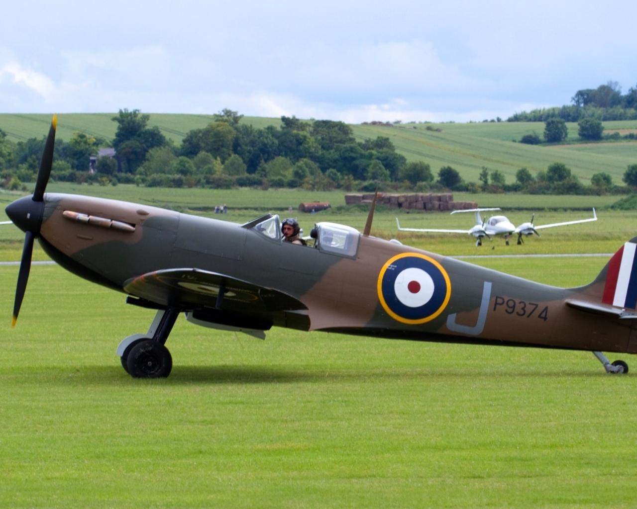 Spitfire - 1280x1024
