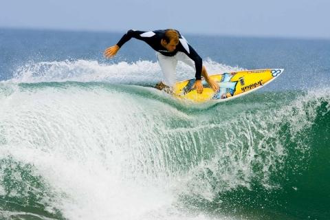 Surfeando olas - 480x320