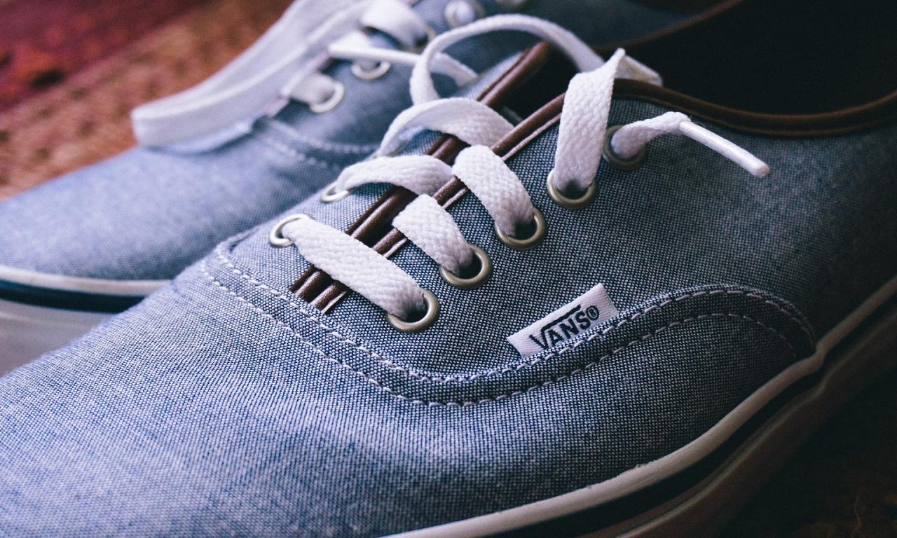 Zapatillas de lona - 1280x768