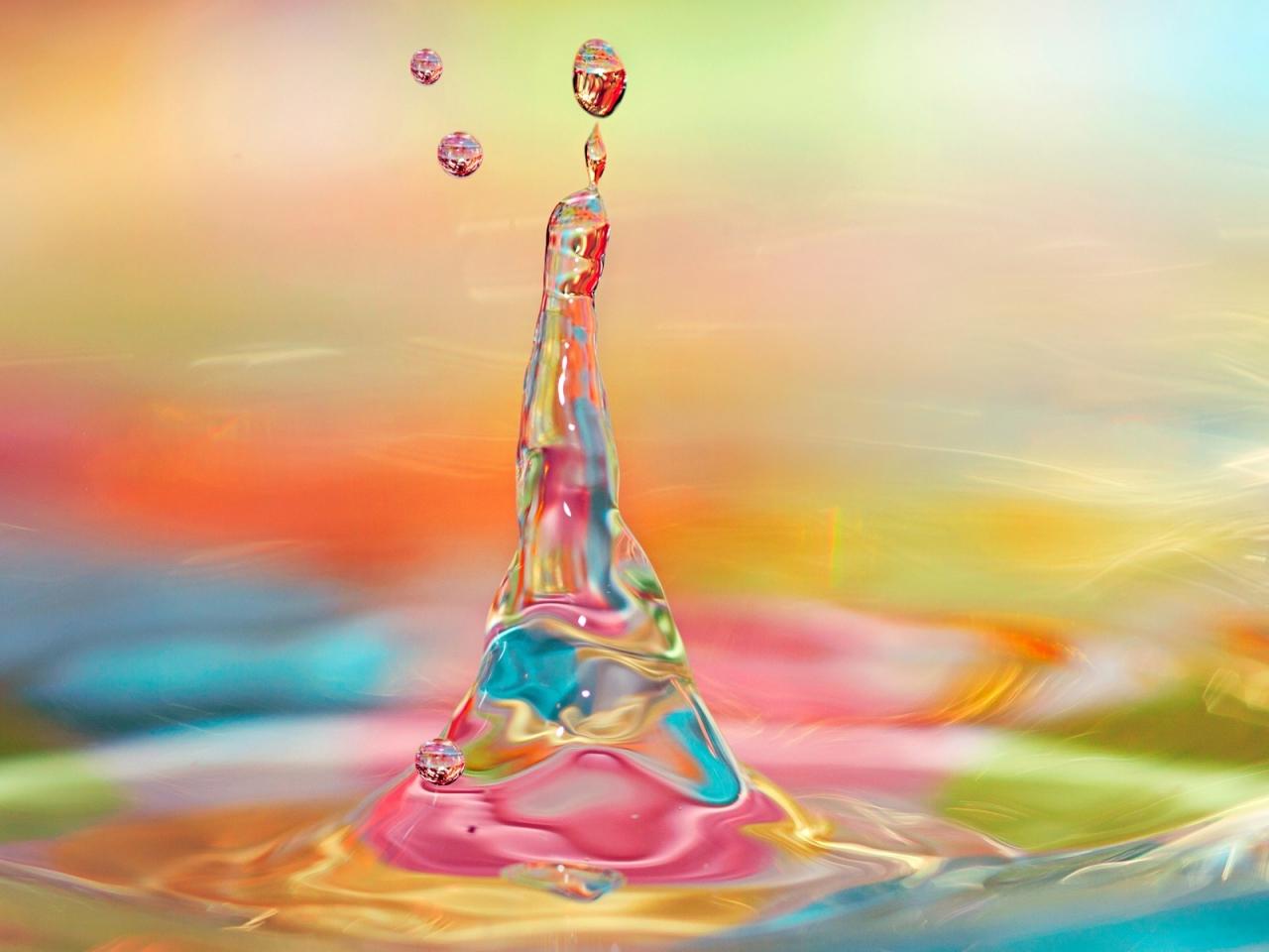 Agua y luces de colores - 1280x960