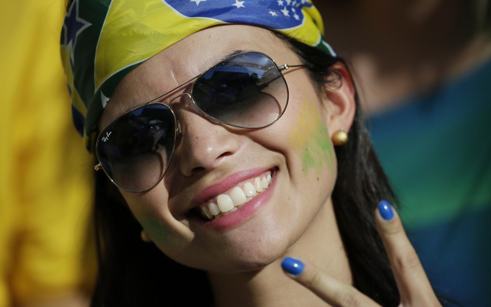 Bellas Brasileñas en el Mundial - 1680x1050