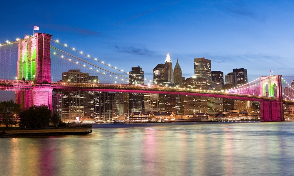 El puente rosado de Brooklyn Bridge - 1000x600