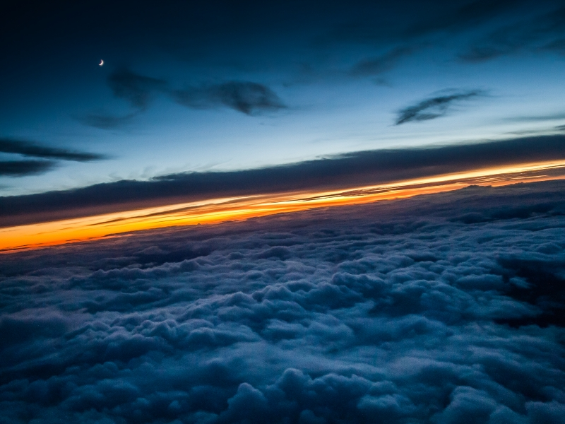 Encima de las nubes - 800x600