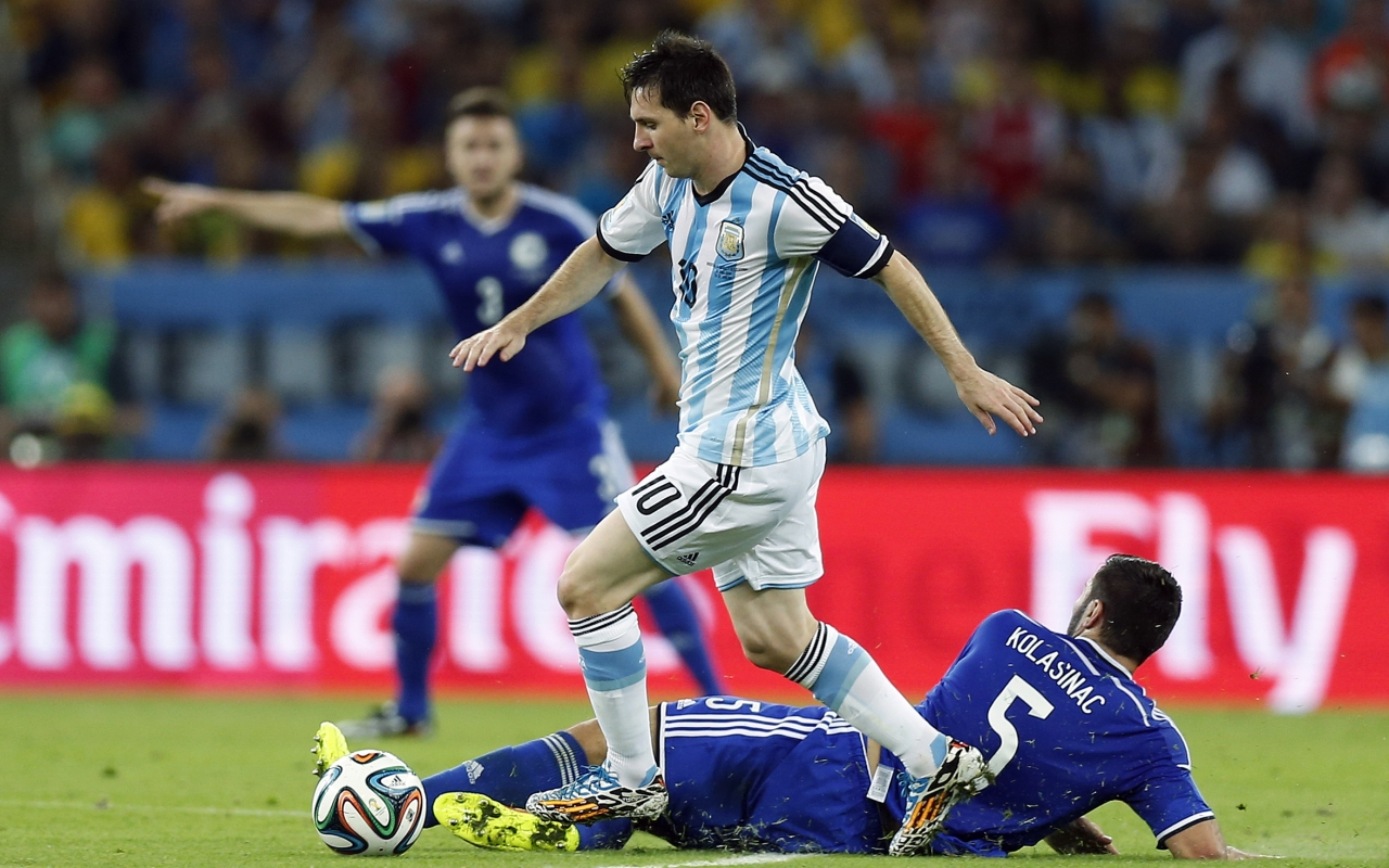 Jugadas de Messi - 1280x800