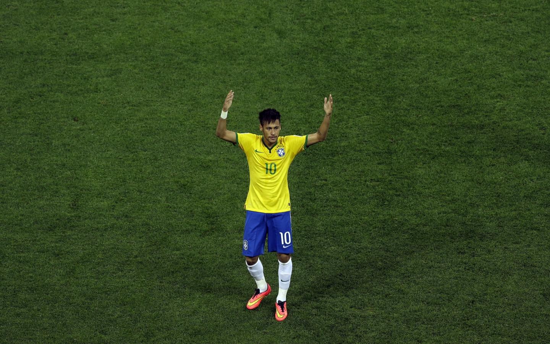 Neymar con la camiseta de Brasil - 1440x900