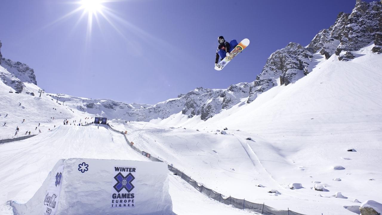 Snowboard Europa saltos - 1280x720