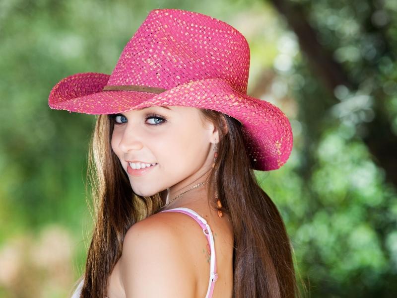 Sombrero rosado - 800x600
