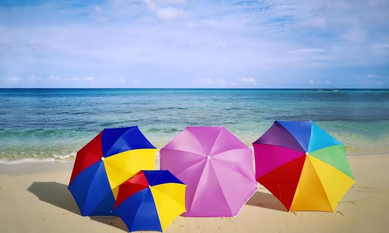 Sombrillas de colores para playa - 1280x768
