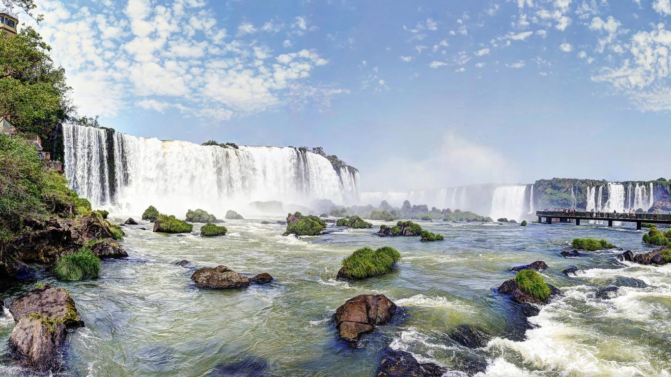 Cataratas de Iguazu - 1366x768