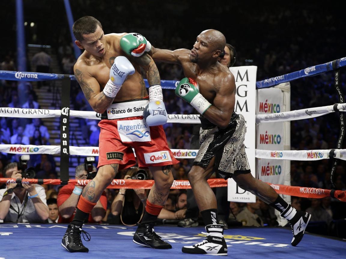Floyd Mayweather peleando - 1152x864