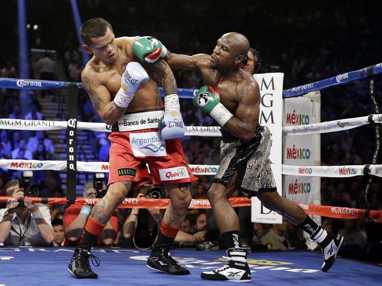 Floyd Mayweather peleando - 1280x960