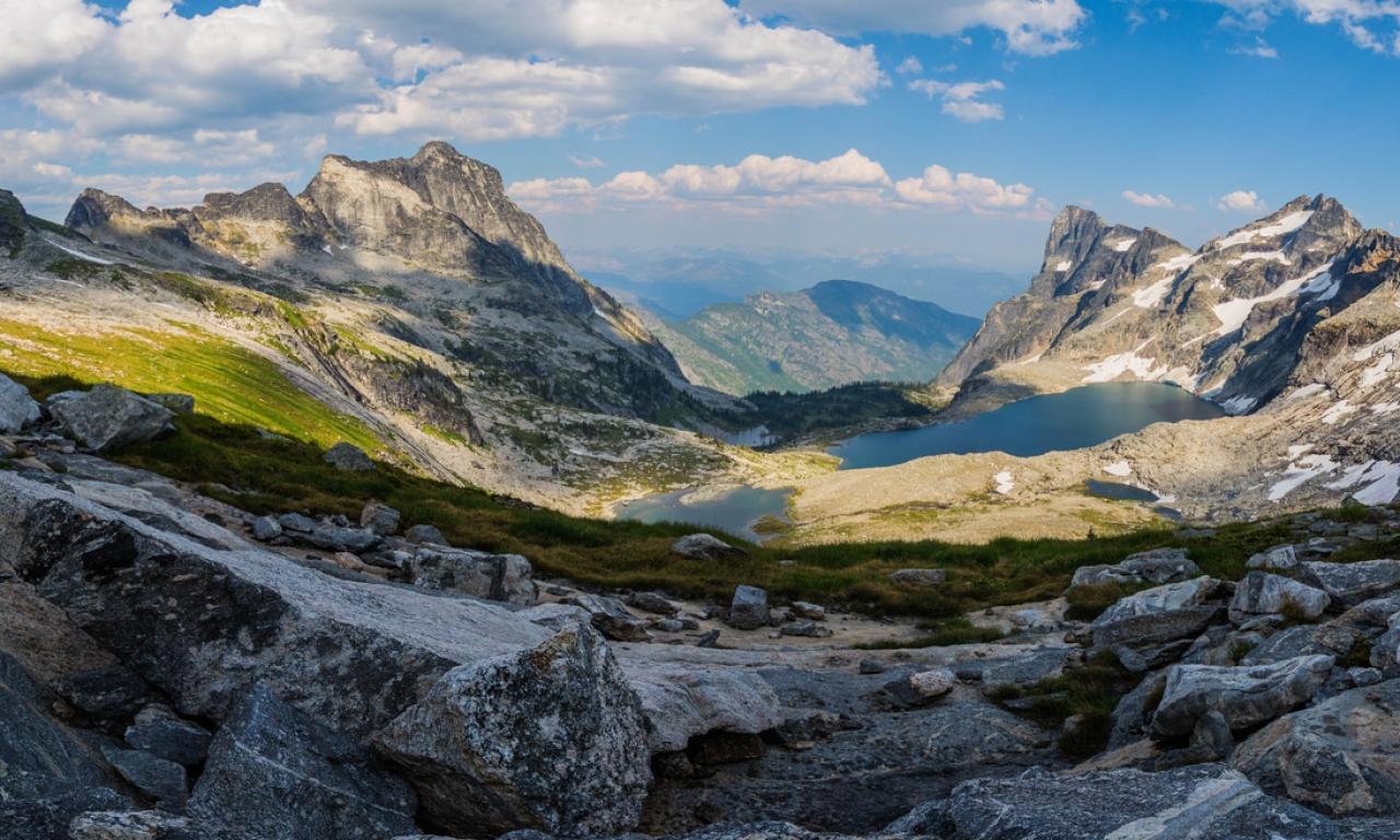 Panorámica de Montañas y lagos - 1280x768