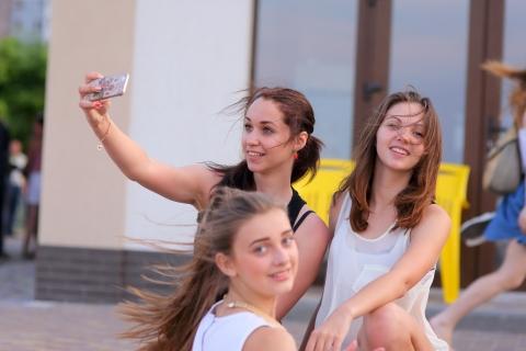 Selfie de chicas bellas - 480x320