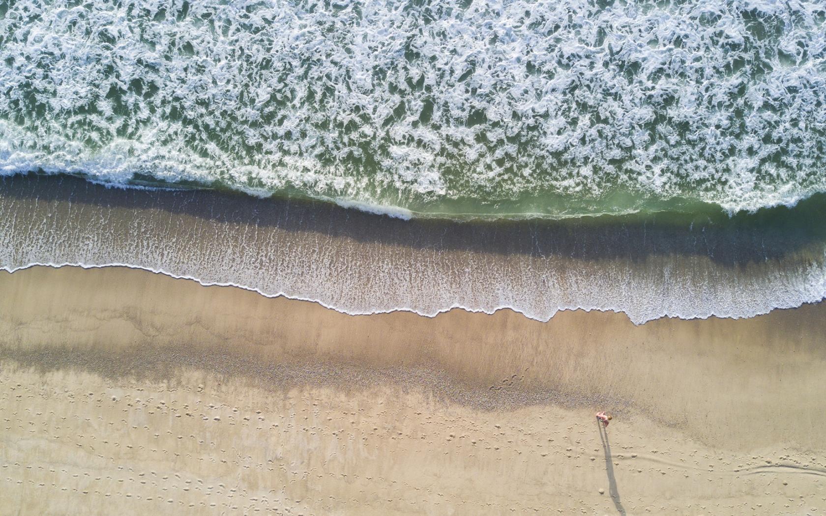 Vista de Playas de drones - 1680x1050