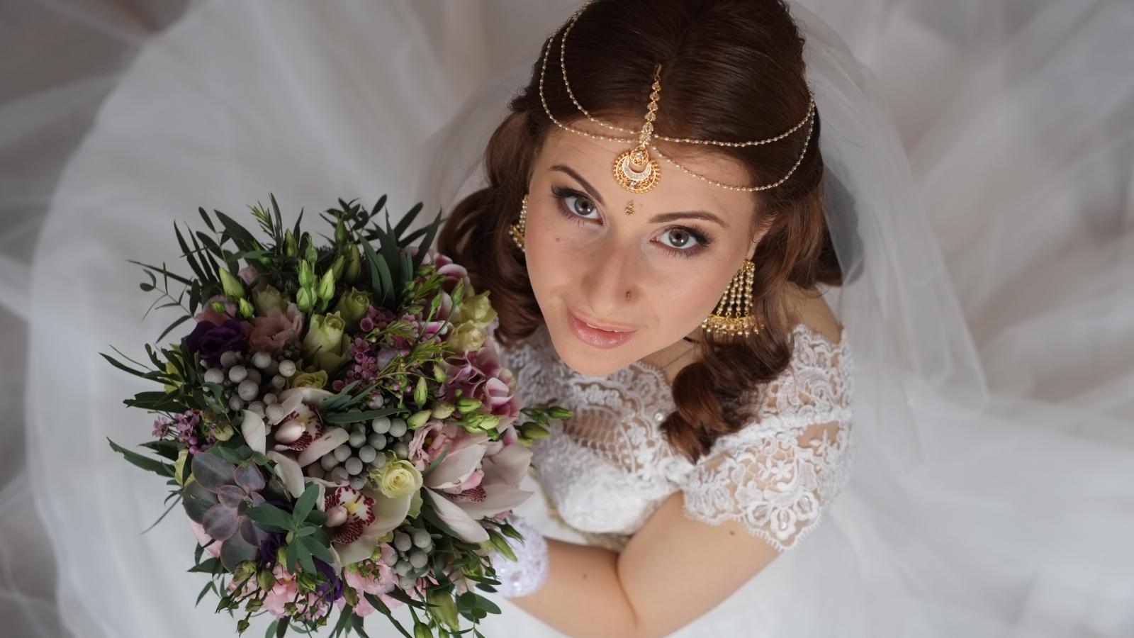 Peinados de novias - 1600x900