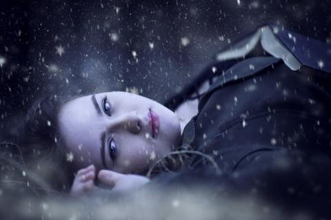 Retrato bajo la nieve - 480x320