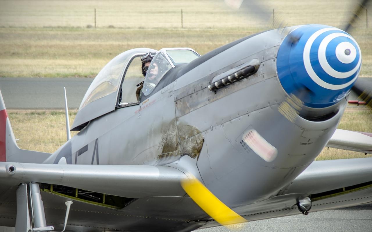 Avionetas  P-40N - 1280x800